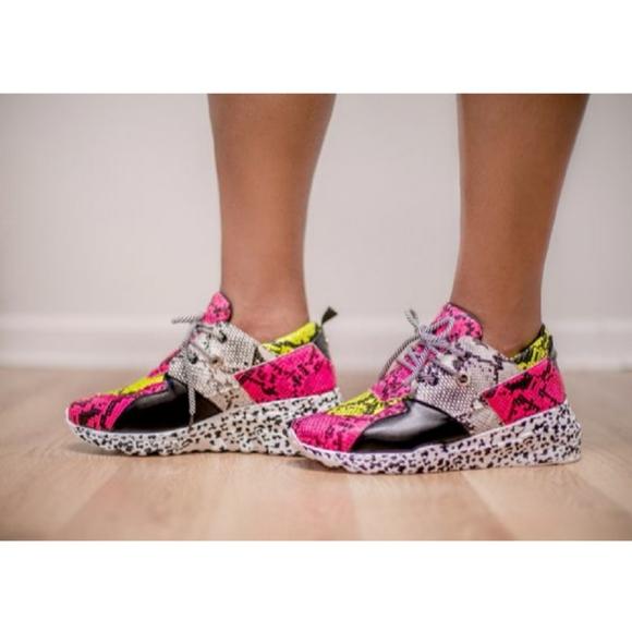 ultrachicfashion.com Shoes - Multicolor Fashion Sneakers